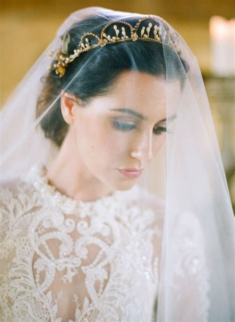 ideas  bridal crown  pinterest queen