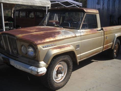 jeep  pickup truck     sale