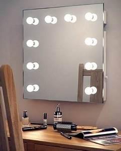 Miroir Avec Lumière Autour : best 25 hollywood mirror ideas on pinterest diy makeup light mirror hollywood mirror lights ~ Melissatoandfro.com Idées de Décoration