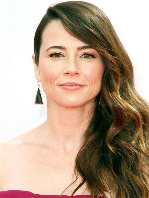 julia peterson actress linda cardellini actor tv guide
