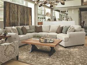 Photo page hgtv for Wilcot 4 piece sofa sectional