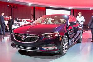 Image: 2018 Buick Regal Sportback, size: 1024 x 682, type