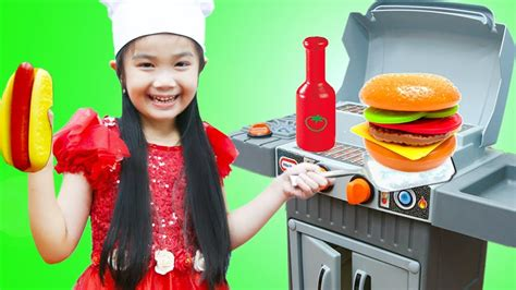 Hana Pretend Play With Toy Bbq Grill Cooking Food Set