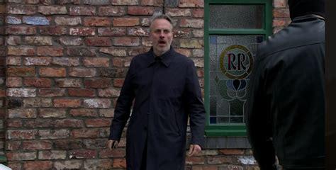 Coronation Street fans convinced Gary Windass will murder ...
