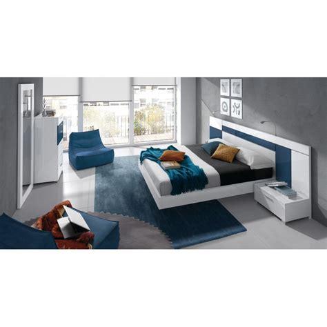 chambre a coucher adulte design chambre 224 coucher design blanche et bleu 6 233 l 233 ments cbc