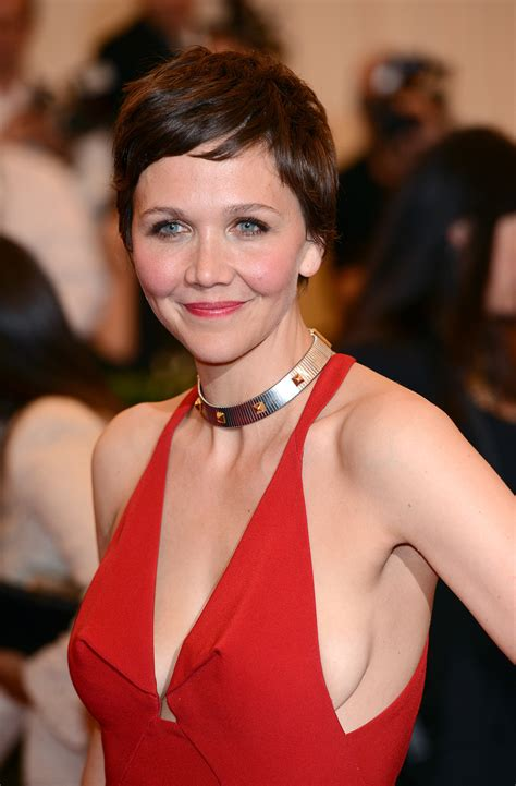 Actress Maggie Gyllenhaal recently took to the pixie cut