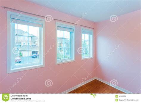 couleur de la chambre à coucher chambre à coucher vide dans la couleur photo stock