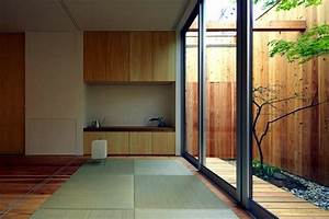 Modern, Minimalist, House, With, Garden, In, Nishimikuni, Japan