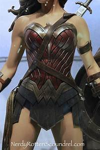 NY COMIC CON Gal Gadot BATMAN V SUPERMAN Wonder Woman Costume