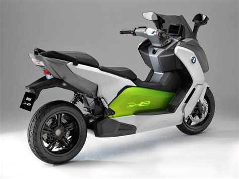 Bmw All Electric Scooter by Bmw Unveils C Evolution Electric Scooter Prototype