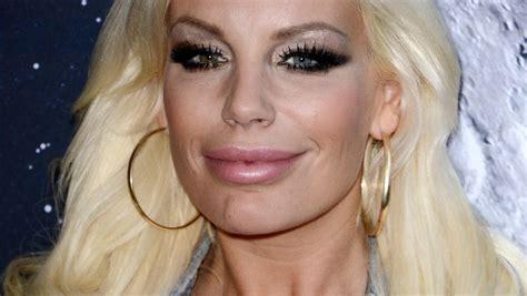 Wir werfen einen blick auf ihre karriere und ihre vergangenen skandale. Gina-Lisa Lohfink trägt ihre Haare jetzt halblang   RTL.de