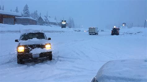 update    snoqualmie pass reopens  heavy snow