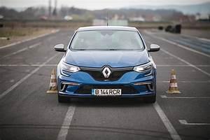 Renault Megane Gt : driven 2016 renault megane gt interior assessment autoevolution ~ Medecine-chirurgie-esthetiques.com Avis de Voitures
