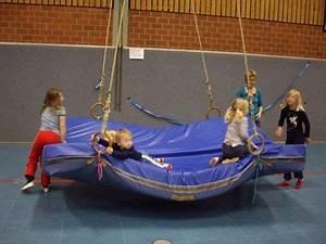 Turnen Mit Kindern Ideen : schiffschaukel ger kinderturnen pinterest turnen mit kindern turnen ~ One.caynefoto.club Haus und Dekorationen