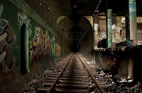 beautiful metro stations   world