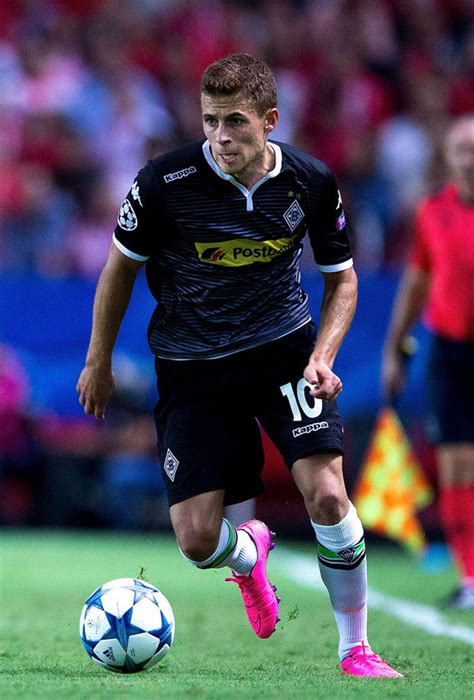 chelsea away 2015 thorgan hazard reveals the struggle of being hazard 39 s