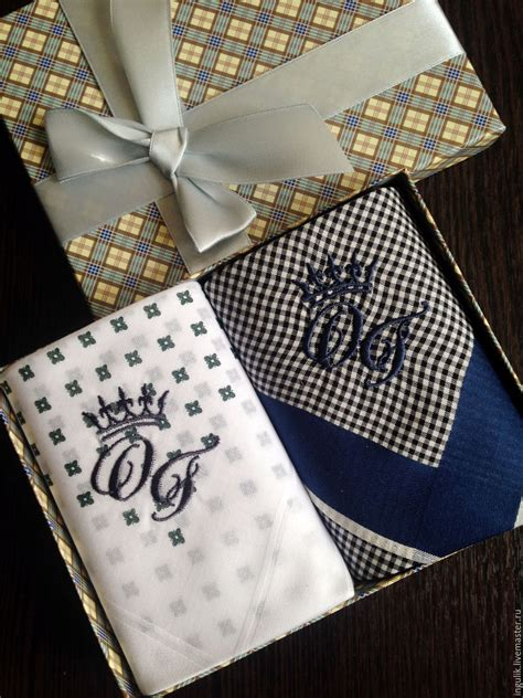 monogrammed handkerchiefs 2 letter monogram by handkerchiefs men 39 s crown embroidered monogram monogram