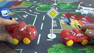 Cars Youtube Français : the cars fran ais les voitures du dessin anim de disney the cars installent les panneaux ~ Medecine-chirurgie-esthetiques.com Avis de Voitures