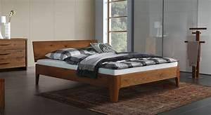 Design Bett Holz : massives doppelbett oder einzelbett lugo aus eichenholz ~ Orissabook.com Haus und Dekorationen