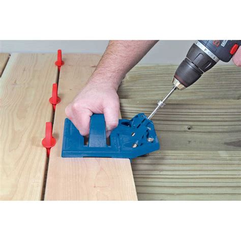 kreg deck jig system kjdecksys with coarse thread screws 700 pack kreg deck jig system