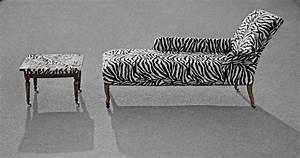 Möbel Aus Afrika : wildlife sofa zebra afrika design von marina greif bei kunstnet ~ Markanthonyermac.com Haus und Dekorationen