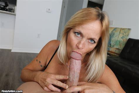 Hot Moms Giving Blowjobs