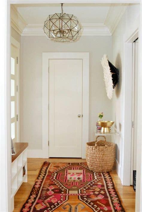 salle de bain ouverte dans chambre savourer la beauté de tapis berbère en 44 photos
