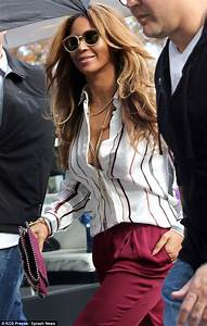 Beyonce debuts hair extensions with Jay Z and Blue Ivy in ...