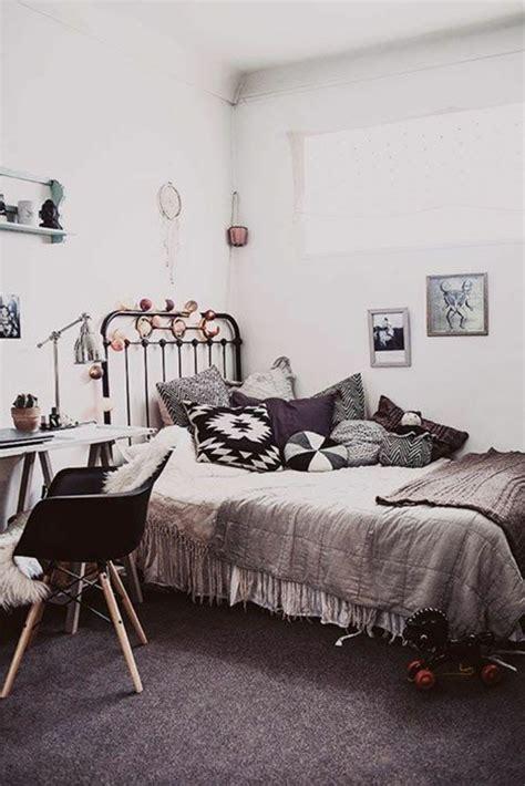 couleur des chambres des filles la chambre ado fille 75 idées de décoration archzine fr