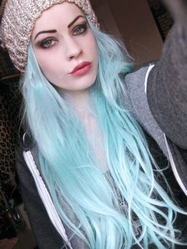 light blue hair 301 moved permanently