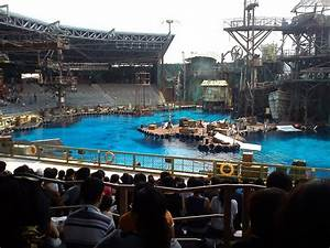 Panoramio - Photo of Universal Studio Singapore Waterworld ...