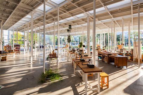 Kait  Jonathan Savoie > Architecture