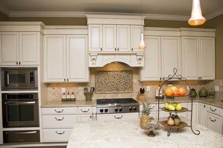 refinishing wood kitchen cabinets doityourselfcom