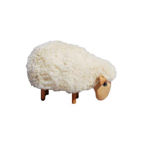petit mouton deco qui broute fourrure blanche deco