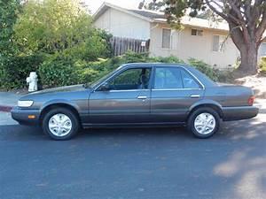 1990 Nissan Stanza - Overview