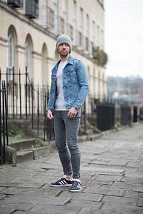 Levis Icy Trucker Denim Jacket And Adidas Charcoal Gazelle Outfit | Your Average Guy