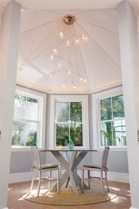 Designs Of How Vaulted Ceilings Top Off Any Room With Style