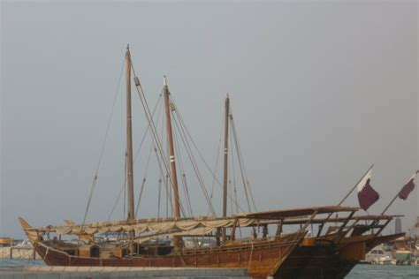 Fishing Boat For Rent Qatar by Dhow Fishing Boats In Doha Qatar Arab Dhow Boutre Arabe