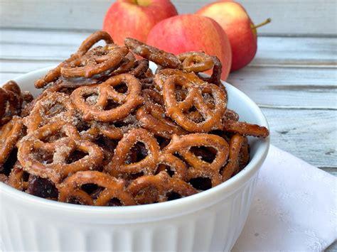 Apple Pie Spiced Pretzels Recipe: A Scrumptious Fall Snack