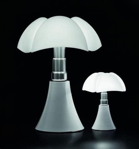la lampe pipistrello   ans  pas une ride les  belles lampes design pinterest