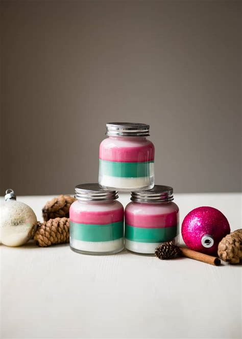 layered scent diy holiday candles helloglowco