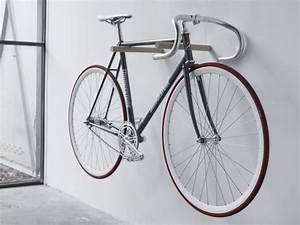 Fahrrad Wandhalterung Design : 25 creative bike storage ideas home tweaks ~ Frokenaadalensverden.com Haus und Dekorationen
