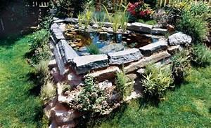 Ideen Für Kleinen Gartenteich : hochteich teich anlegen ~ Markanthonyermac.com Haus und Dekorationen