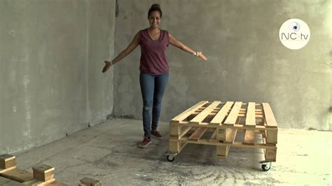 fabriquer chaise en bois nctv j 39 ai testé pour vous fabriquer un canapé avec une palette en bois