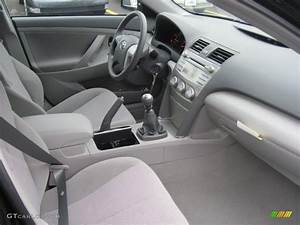 2011 Toyota Camry Standard Camry Model 6 Speed Manual Transmission Photo  39296775