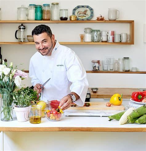 cuisine au cannabis voici le seul chef au monde qui cuisine tout au cannabis