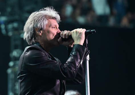Jon Bon Jovi Photos Photos  Bon Jovi Performs In Concert