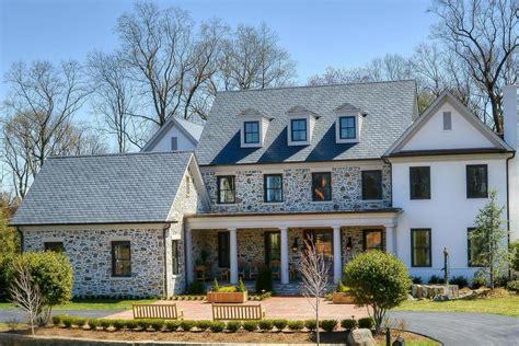 rumah gaya american farmhouse renovasi rumahnet