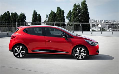 Renault Diesel by Renault Clio 2013 Widescreen Car Wallpapers 26 Of