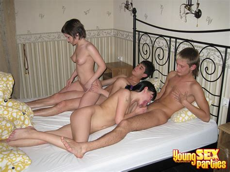 Youngsexparties Hook Up For Two Couples Sex Hot